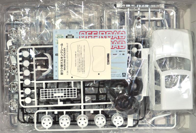 トヨタ LN107 ハイラックス ピックアップ ダブルキャブ 4WD '94プラモデル(アオシマ1/24 ザ・モデルカーNo.020)商品画像_1