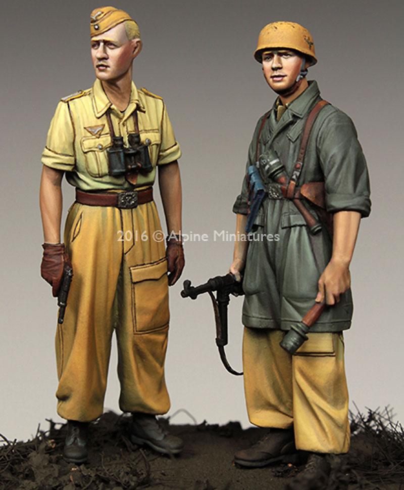 WW2 ドイツ イタリア戦線の第1降下猟兵師団 (2体セット) (熱帯軍装)レジン(アルパイン1/35 フィギュアNo.AM35222)商品画像_4