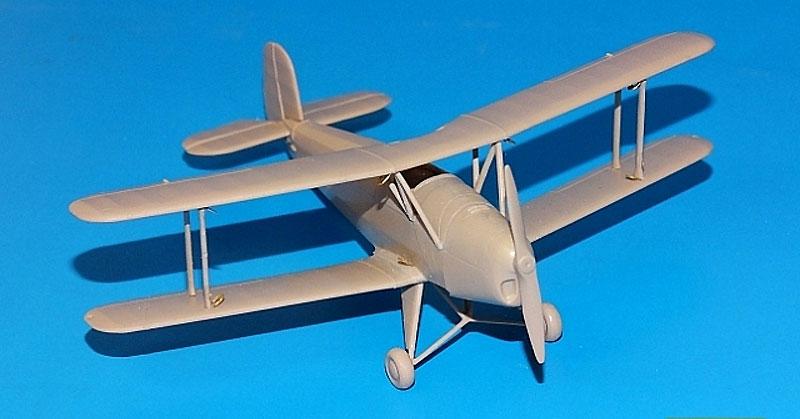 ビュッカー Bu131D フォーリンサービスプラモデル(RSモデル1/72 エアクラフト プラモデルNo.92206)商品画像_3
