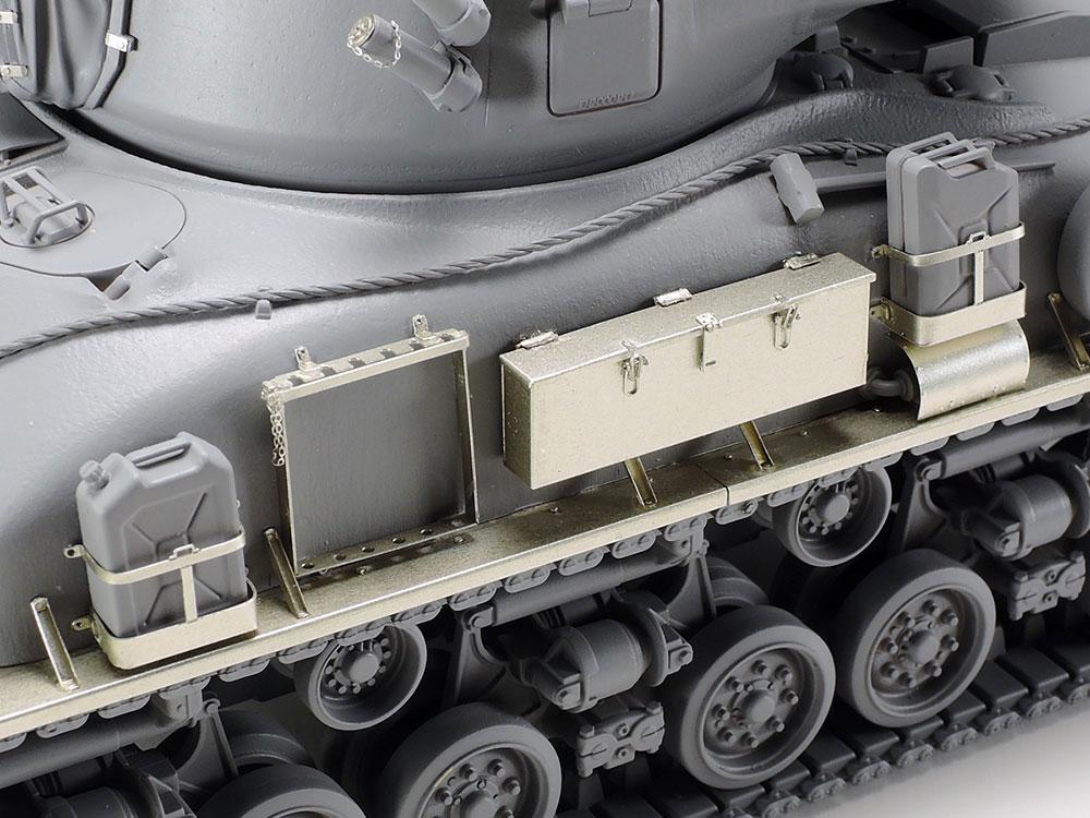 イスラエル軍戦車 M51 スーパーシャーマン アベール社製エッチングパーツ付きプラモデル(タミヤスケール限定品No.25180)商品画像_2