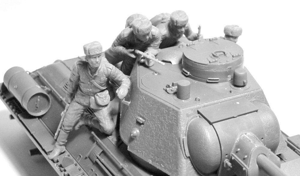 ソビエト 戦車搭乗兵 (1943-1945)プラモデル(ICM1/35 ミリタリービークル・フィギュアNo.35640)商品画像_4