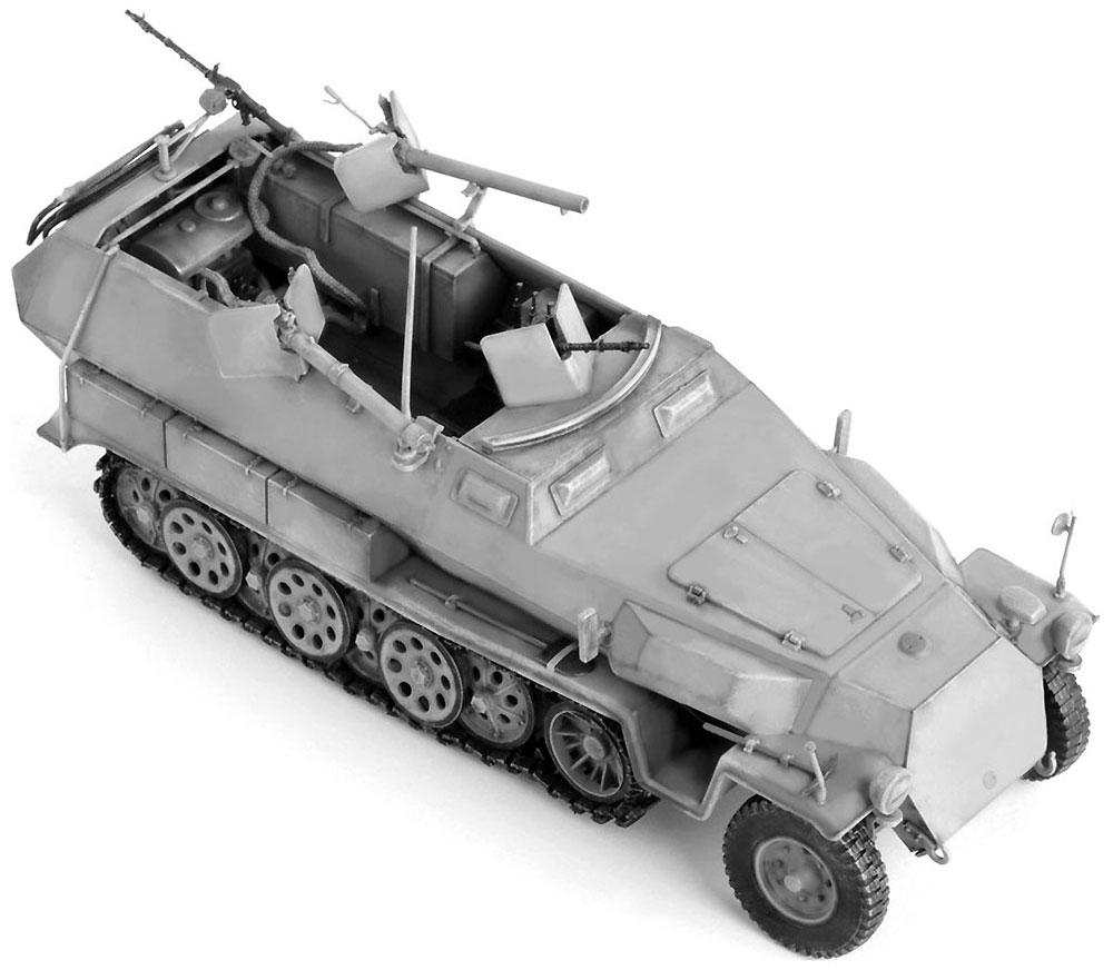 ドイツ Sd.Kfz.251/16 Ausf.C 火炎放射型プラモデル(ドラゴン1/35 '39-'45 SeriesNo.6864)商品画像_2