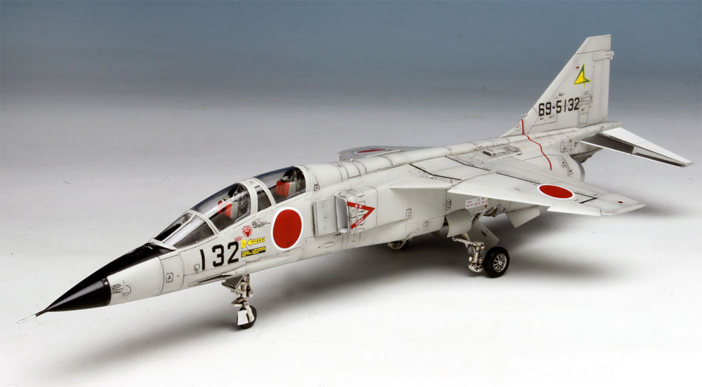 航空自衛隊 超音速高等練習機 T-2 後期型プラモデル(プラッツ航空自衛隊機シリーズNo.AC-021)商品画像_2