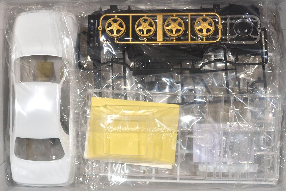 K-BREAK UZS141 マジェスタ '91 (トヨタ)プラモデル(アオシマ1/24 ザ・チューンドカーNo.031)商品画像_1