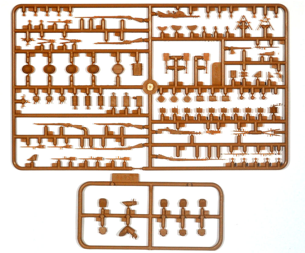 フランス歩兵 w/ガスマスク (1916年)プラモデル(ICM1/35 ミリタリービークル・フィギュアNo.35696)商品画像_2