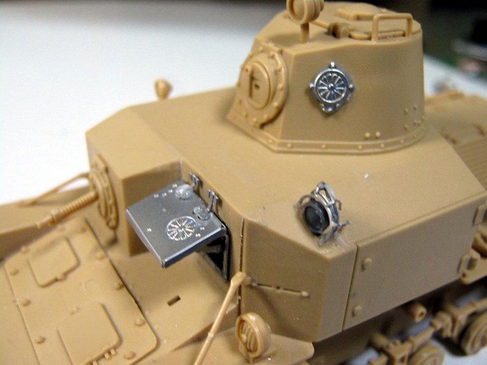 日本陸軍 九二式重装甲車 後期型 (エッチングパーツ付)プラモデル(ピットロード1/35 グランドアーマーシリーズNo.G043E)商品画像_2
