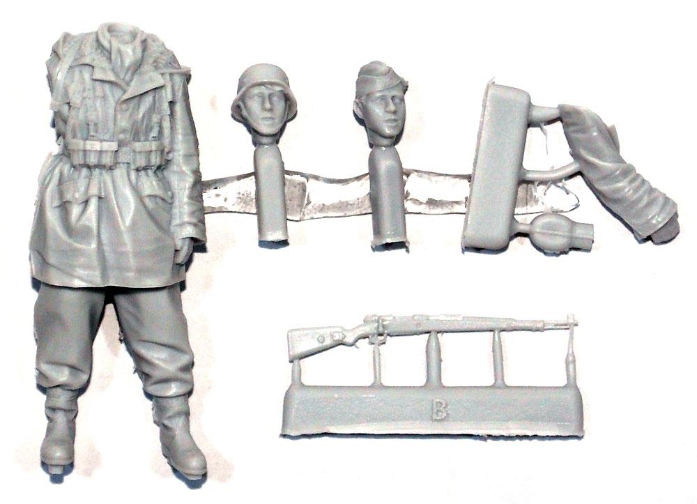 ドイツ 武装親衛隊 擲弾兵 第3次ハリコフ戦レジン(アルパイン1/35 フィギュアNo.AM35236)商品画像_1