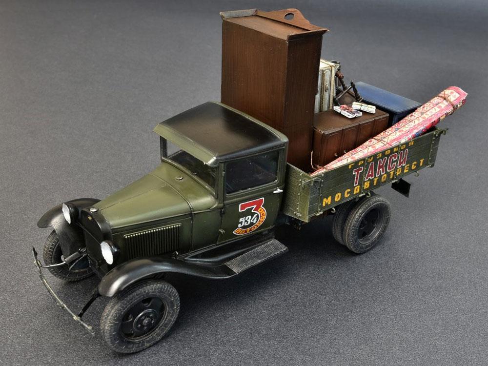 ソビエト 1.5トン カーゴトラック (家具パーツ付)プラモデル(ミニアート1/35 ミニチュアシリーズNo.38013)商品画像_1