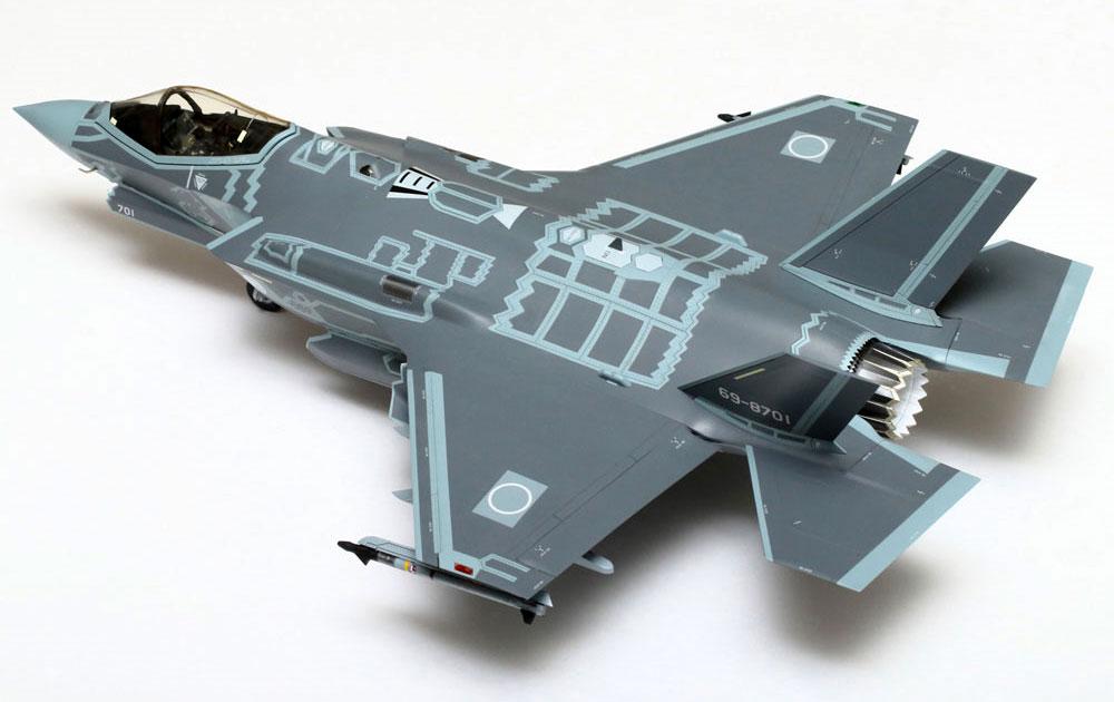 F-35A ライトニング 2 航空自衛隊マーク付きプラモデル(イタレリ1/32 エアクラフトNo.2506)商品画像_3