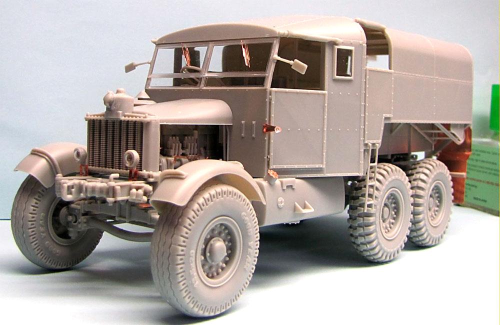 イギリス スキャメル パイオニア 重砲牽引トラクター R100プラモデル(サンダーモデルプラスチックモデルキットNo.35202)商品画像_1