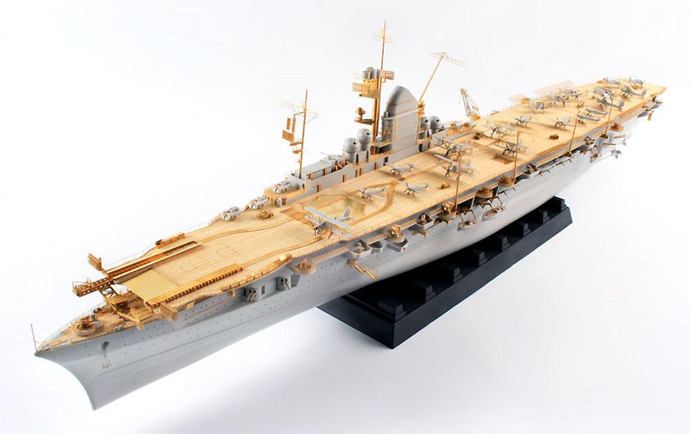 ドイツ海軍 空母 グラフ・ツェッペリン ディテールアップセット DXパック (トランぺッター用)エッチング(KA Models艦船用 エッチングパーツNo.MD-35028)商品画像_1