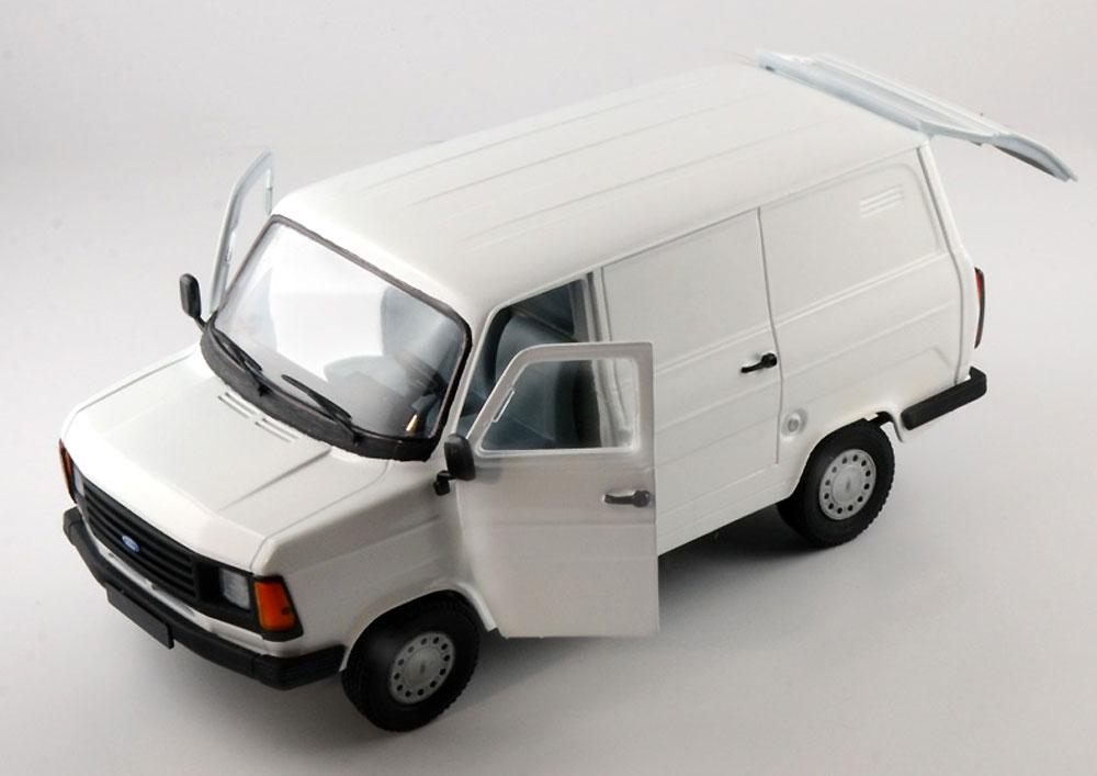 フォード トランジット Mk.2プラモデル(イタレリ1/24 カーモデルNo.3687)商品画像_2