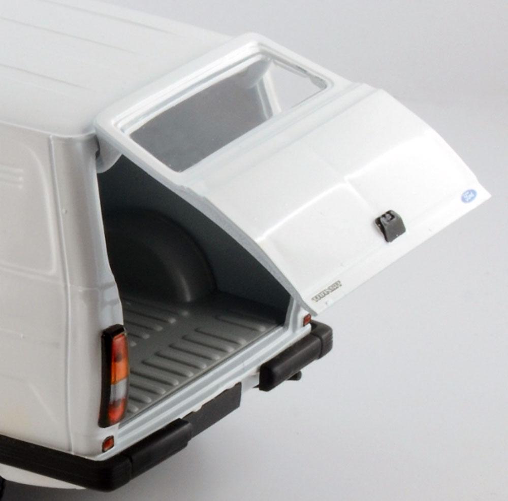フォード トランジット Mk.2プラモデル(イタレリ1/24 カーモデルNo.3687)商品画像_3