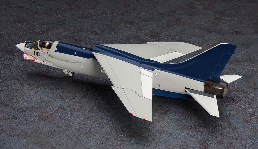 F-8E クルーセイダー 風間 真 (エリア88)プラモデル(ハセガワクリエイター ワークス シリーズNo.64762)商品画像_3