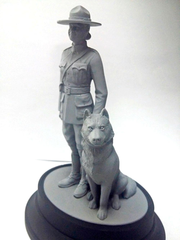 王立カナダ 女性騎馬警察 w/警察犬プラモデル(ICM1/16 ワールドガードNo.16008)商品画像_3