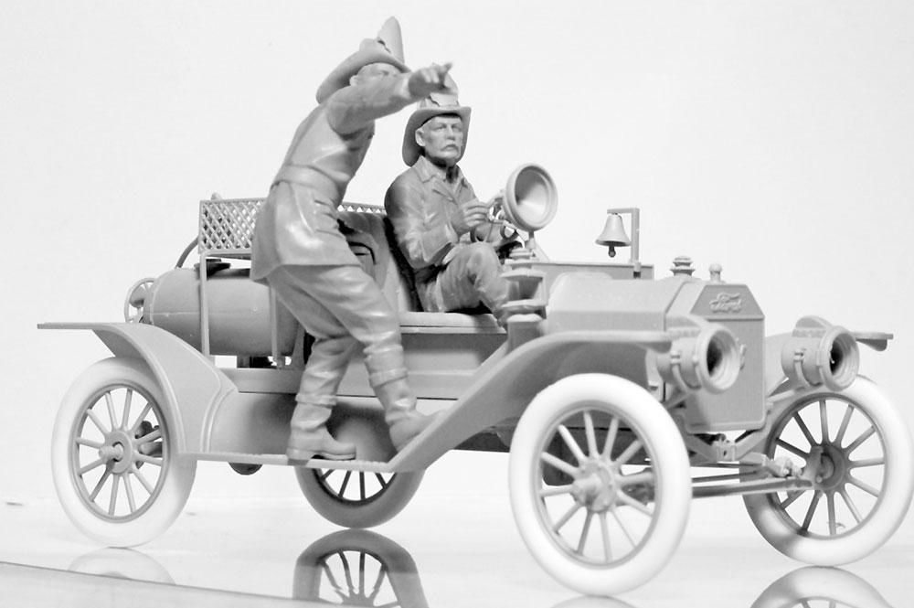 アメリカ 消防車クルー (1910s)プラモデル(ICM1/24 フィギュアNo.24006)商品画像_4