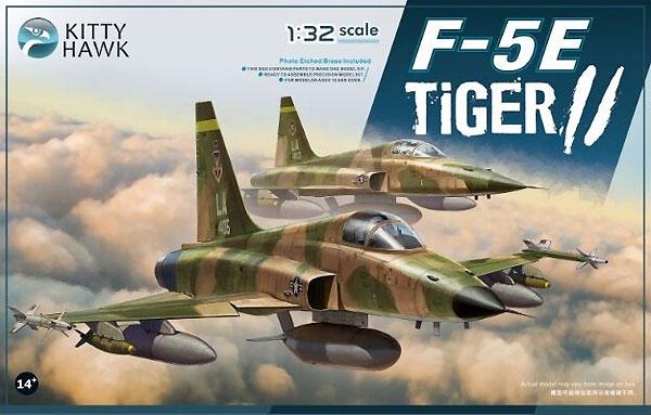 F-5E タイガー2 w/フィギュア 2体プラモデル(キティホーク1/32 エアモデルNo.KH32018)商品画像