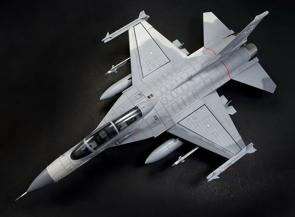 F-CK-1D 経国号 (複座型)プラモデル(AFV CLUB1/48 エアクラフト プラモデルNo.AR48109)商品画像_4