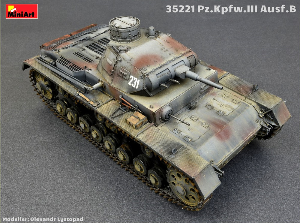 3号戦車 B型 w/クループラモデル(ミニアート1/35 WW2 ミリタリーミニチュアNo.35221)商品画像_3