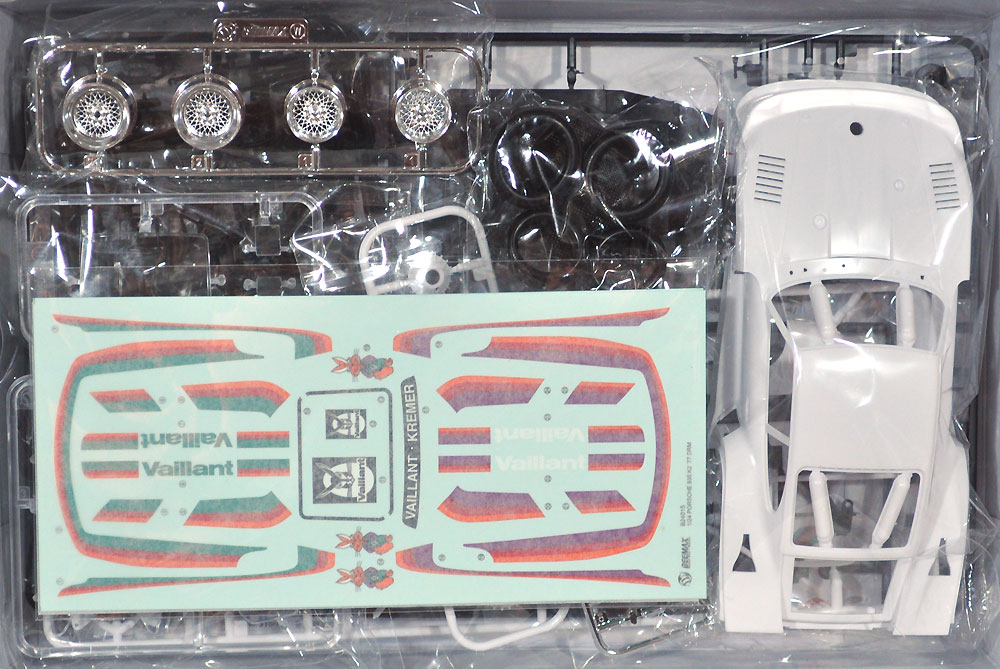 ポルシェ 935 K2 '77 DRMプラモデル(BEEMAX1/24 カーモデルNo.020)商品画像_1