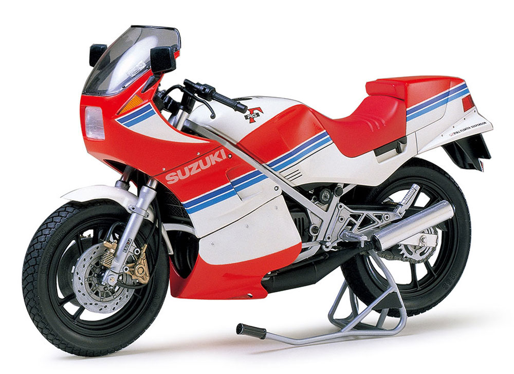スズキ RG250γ フルオプションプラモデル(タミヤ1/12 オートバイシリーズNo.029)商品画像_2