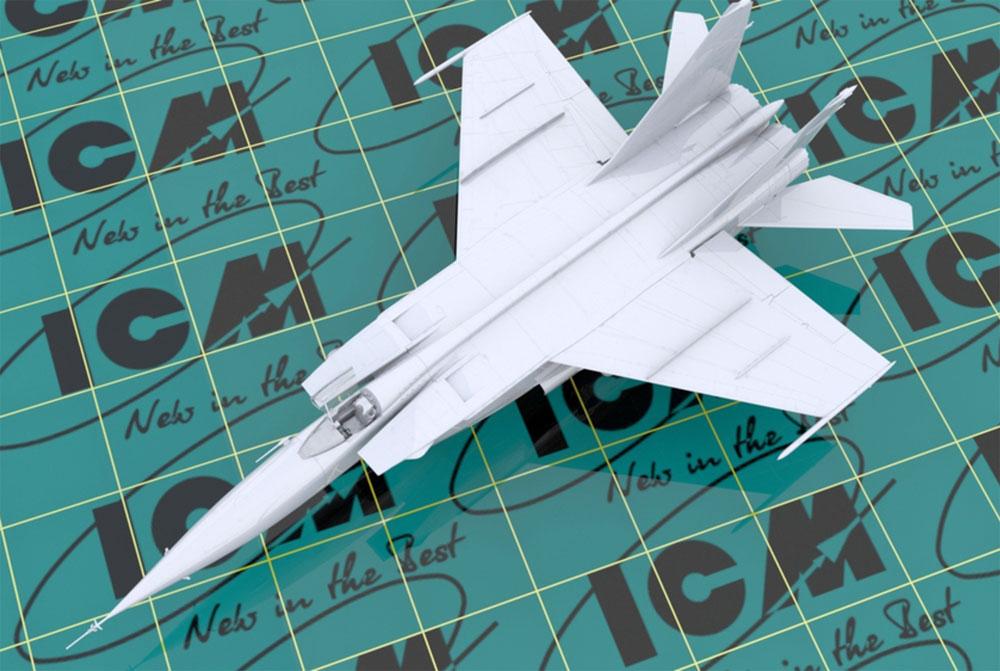 MiG-25 RBTプラモデル(ICM1/72 エアクラフト プラモデルNo.72172)商品画像_2