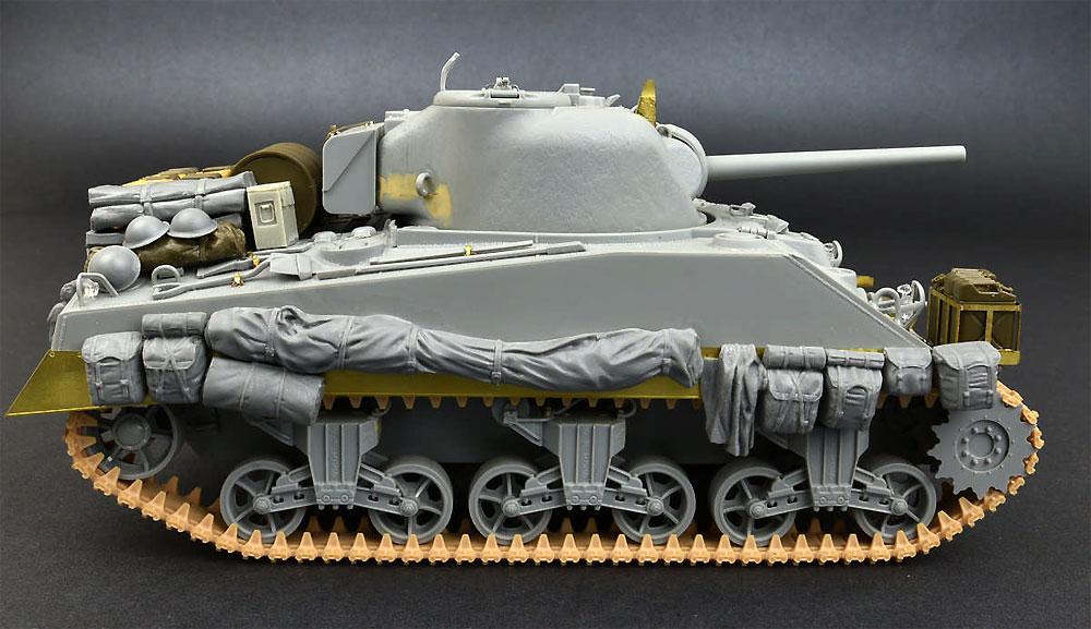 イギリス 軍用リュックサック、フィールドキャンバス & バッグ WW2プラモデル(ミニアート1/35 ビルディング&アクセサリー シリーズNo.35599)商品画像_4