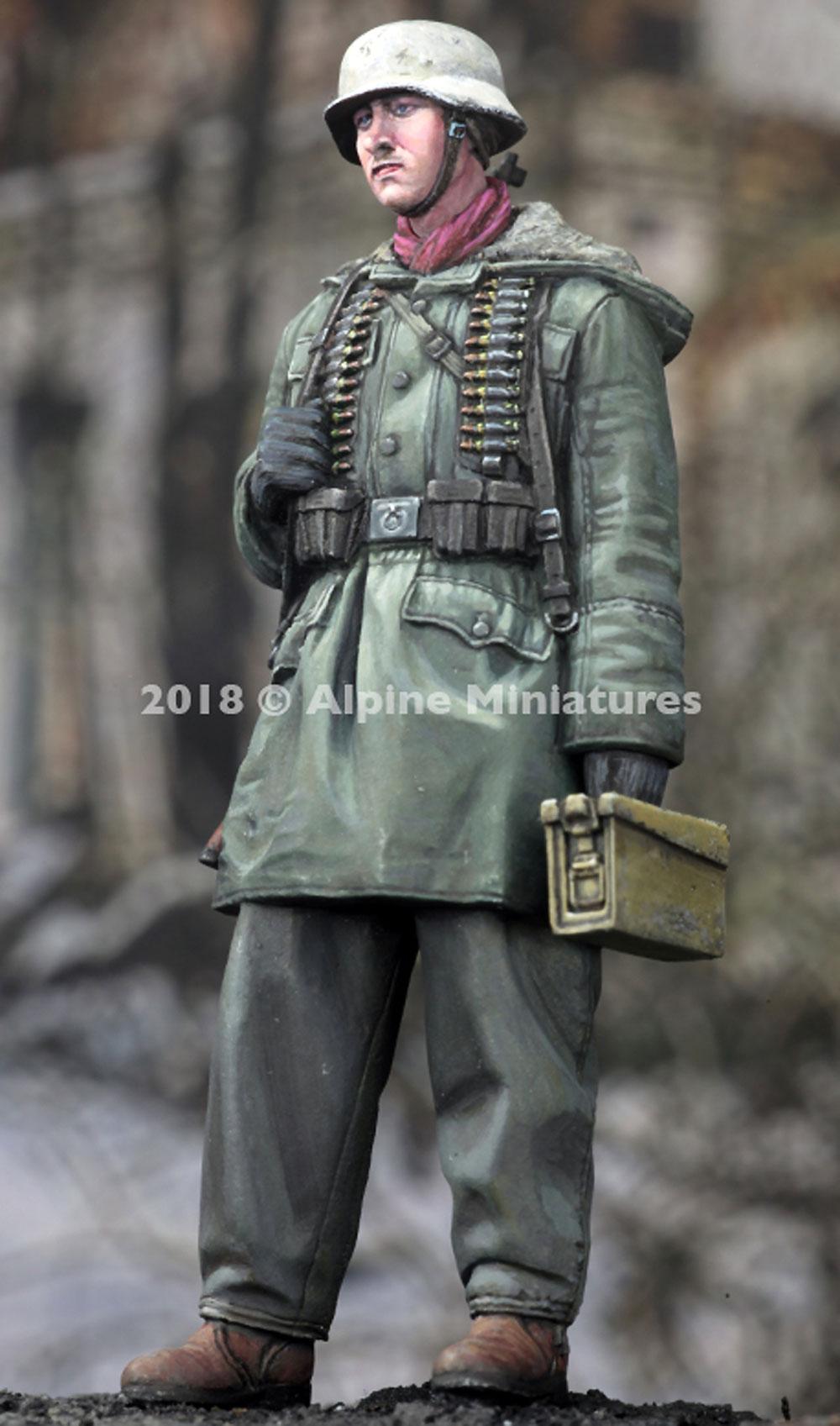 WW2 ドイツ 武装親衛隊 弾薬箱を持つ兵士 ハリコフレジン(アルパイン1/35 フィギュアNo.AM35257)商品画像_3