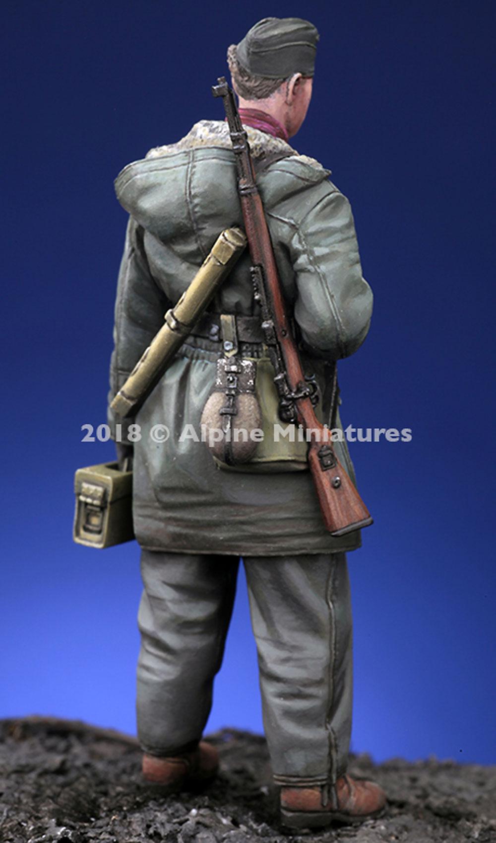 WW2 ドイツ 武装親衛隊 弾薬箱を持つ兵士 ハリコフレジン(アルパイン1/35 フィギュアNo.AM35257)商品画像_4