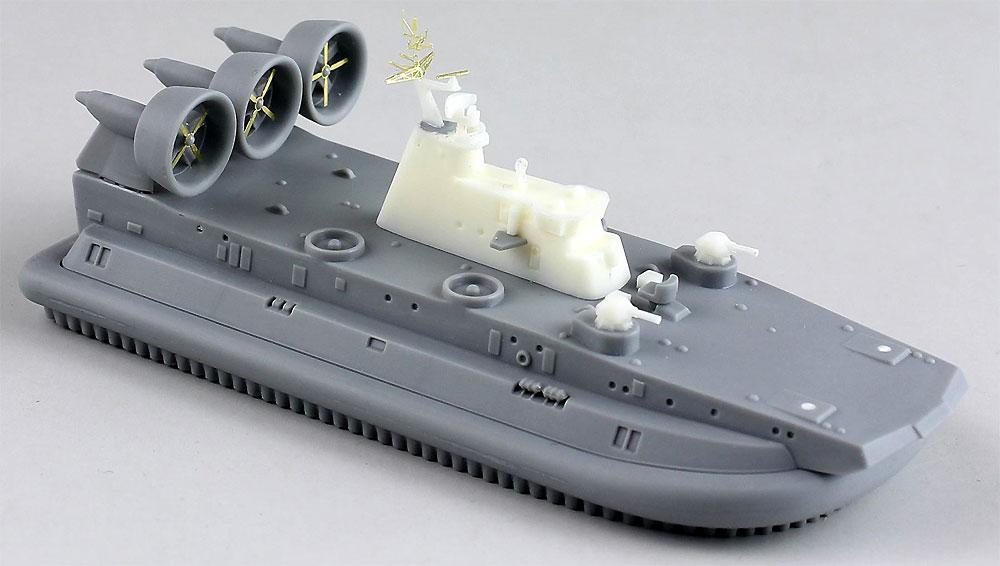 中国海軍 ズーブル級 エアクッション揚陸艇プラモデル(ドリームモデル1/700 艦船モデルNo.DM70006)商品画像_3