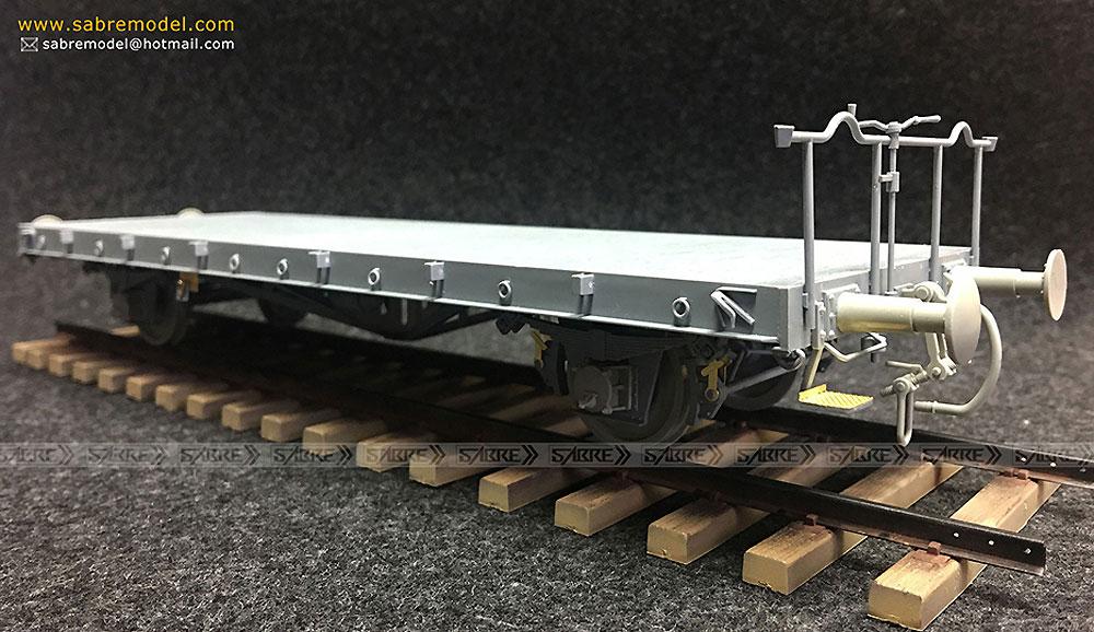 ドイツ Ommr 平貨車 2 in 1 w/線路 2キット入り スペシャルパックプラモデル(サーベルモデル1/35 ミリタリーNo.35A003-SVP)商品画像_4