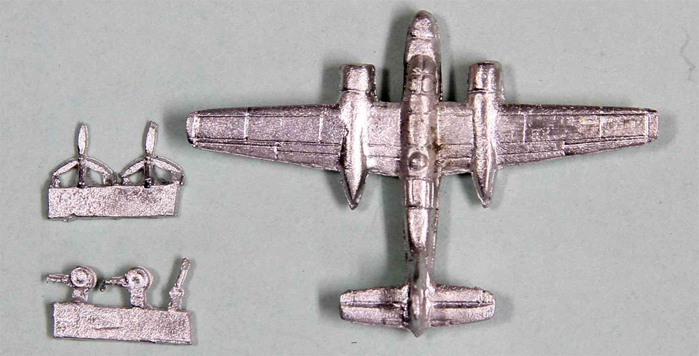 WW2 米国軍用機 1 スペシャル メタル製 A-26 インベーダー 2機付きプラモデル(ピットロードスカイウェーブ S シリーズ (定番外)No.S042SP)商品画像_1