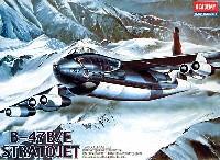 アカデミー1/144 Scale AircraftsB-47B/E ストラトジェット