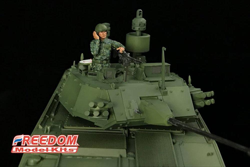 ROCA CM-34 雪豹 TICV w/30mm チェーンガンプラモデル(フリーダムモデル1/35 ミリタリーミニチュアワールドNo.15103)商品画像_4