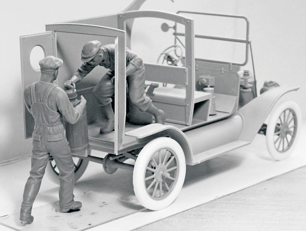 アメリカ ガソリン配達員 1910年代プラモデル(ICM1/24 フィギュアNo.24018)商品画像_2