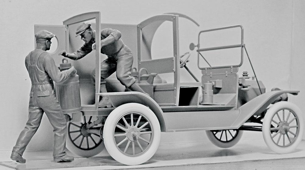 アメリカ ガソリン配達員 1910年代プラモデル(ICM1/24 フィギュアNo.24018)商品画像_3