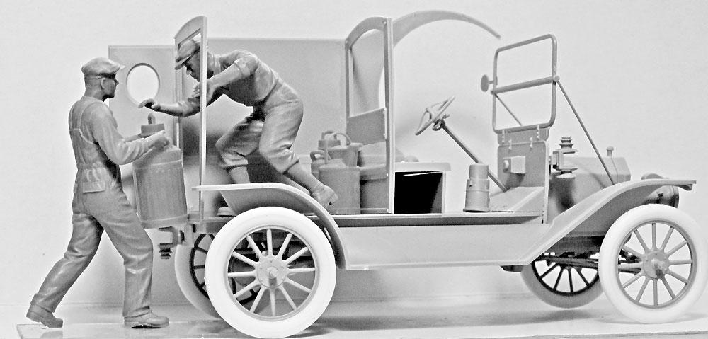 アメリカ ガソリン配達員 1910年代プラモデル(ICM1/24 フィギュアNo.24018)商品画像_4