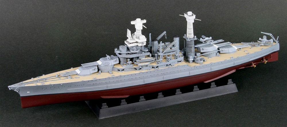 アメリカ海軍 テネシー級戦艦 BB-44 カリフォルニア 1941 真ちゅう挽き物砲身、旗・艦名プレート エッチングパーツ付きプラモデル(ピットロード1/700 スカイウェーブ W シリーズNo.W187SP2)商品画像_2