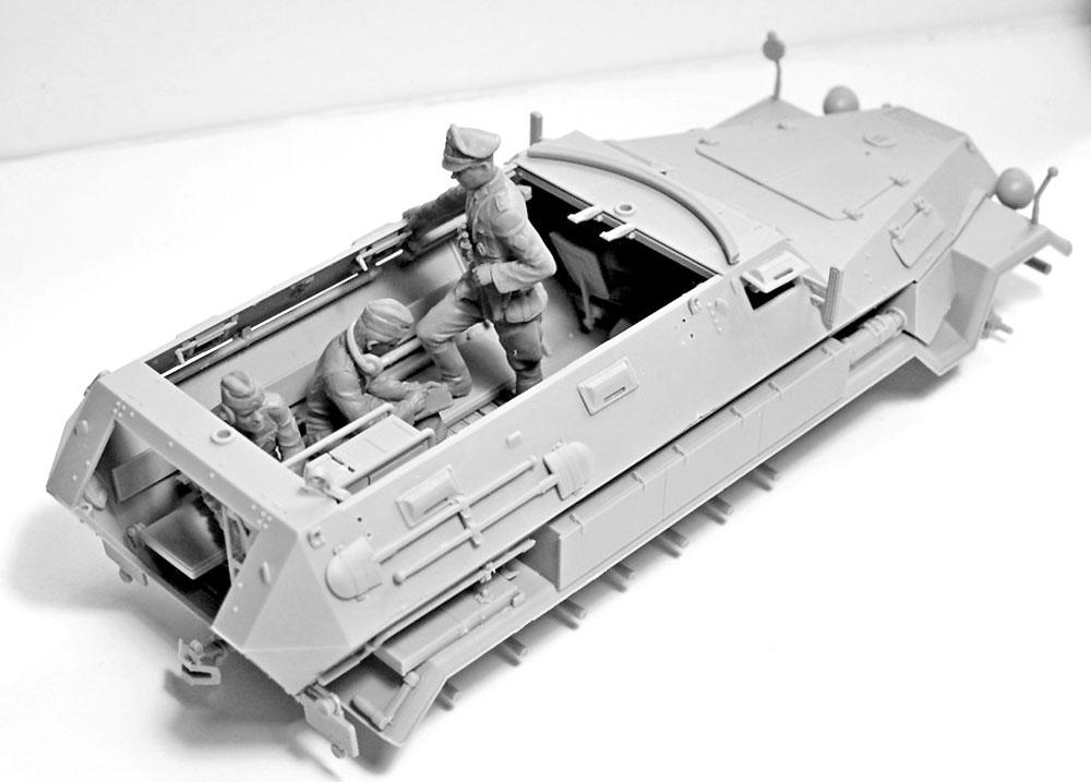 ドイツ 装甲指揮車 クルー 1939-1942プラモデル(ICM1/35 ミリタリービークル・フィギュアNo.35644)商品画像_4