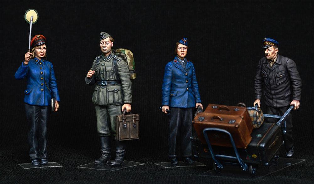 ドイツ 駅員 1930-40年代プラモデル(ミニアート1/35 ミニチュアシリーズNo.38010)商品画像_2