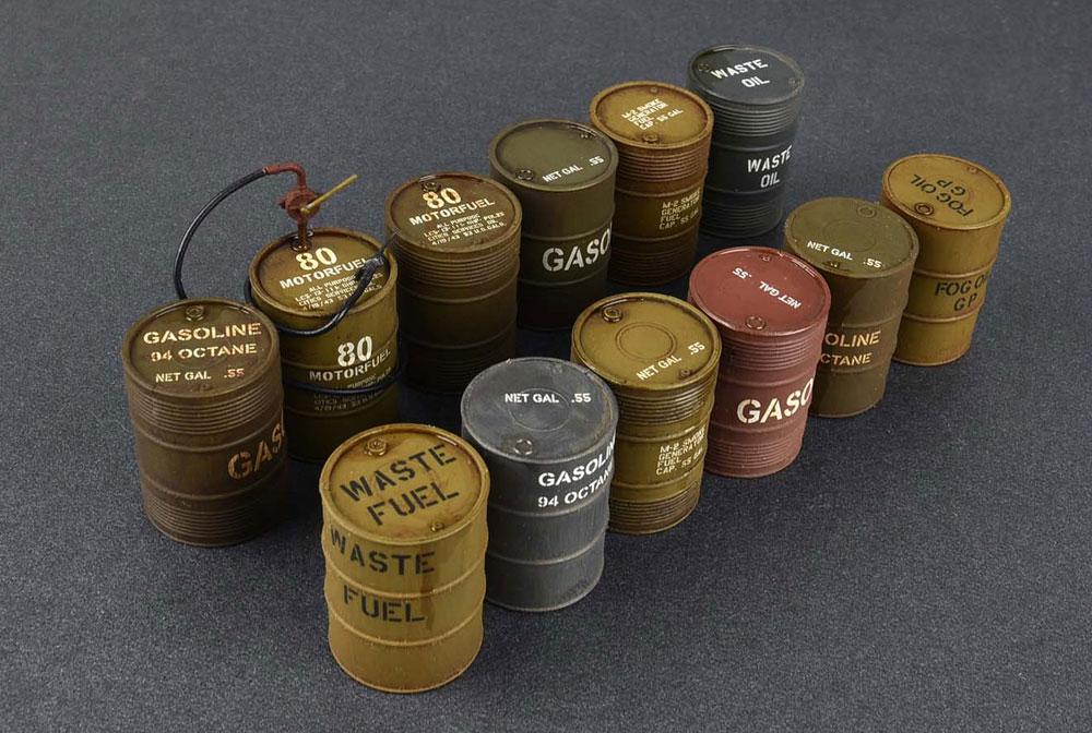 アメリカ軍 55ガロン ドラム缶プラモデル(ミニアート1/35 ビルディング&アクセサリー シリーズNo.35592)商品画像_2