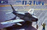 キティホーク1/48 ミリタリーエアクラフト プラモデルFJ-2 フューリー w/フィギュア