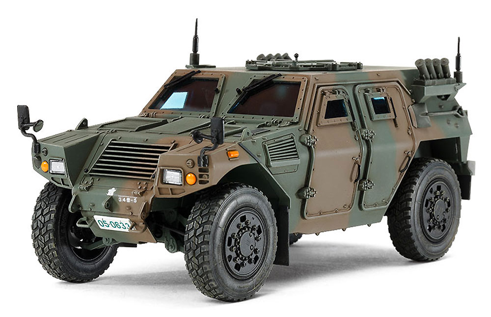 陸上自衛隊 軽装甲機動車 (LAV)プラモデル(タミヤ1/35 ミリタリーミニチュアシリーズNo.368)商品画像_3
