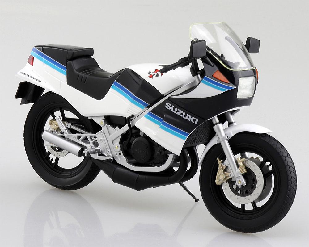 スズキ RG250Γ ブルーxホワイト完成品(アオシマ1/12 完成品バイクシリーズNo.106761)商品画像_1