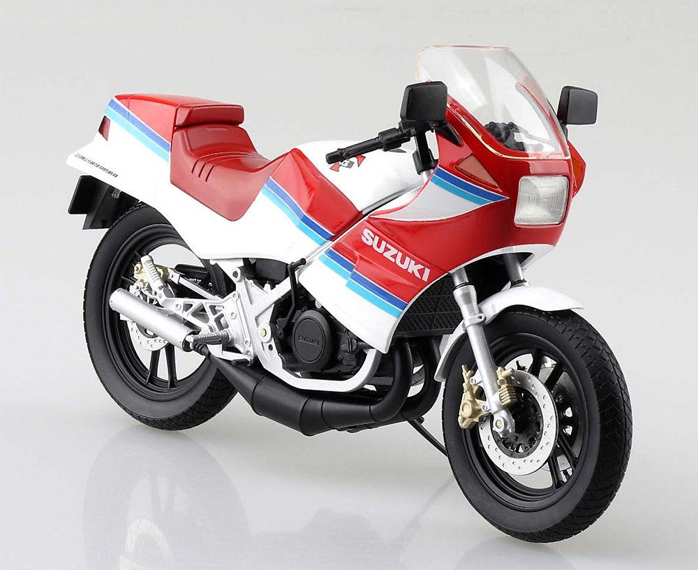 スズキ RG250Γ レッドxホワイト完成品(アオシマ1/12 完成品バイクシリーズNo.106778)商品画像_1
