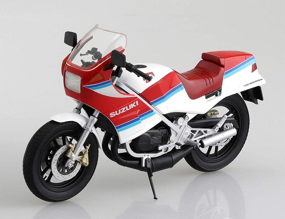 スズキ RG250Γ レッドxホワイト完成品(アオシマ1/12 完成品バイクシリーズNo.106778)商品画像_3