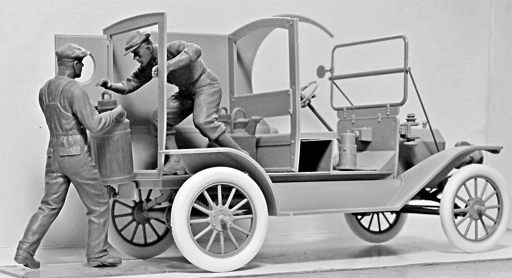 T型フォード 1912 ガソリンデリバリーカー w/配達員プラモデル(ICM1/24 カーモデルNo.24019)商品画像_2