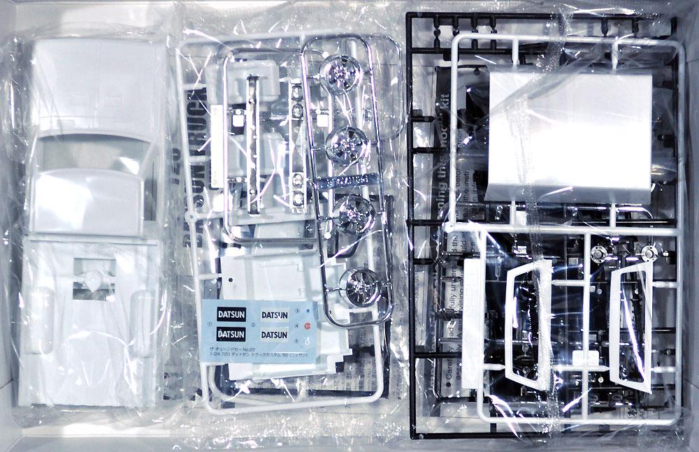 720 ダットサン トラック カスタム '82 (ニッサン)プラモデル(アオシマ1/24 ザ・チューンドカーNo.022)商品画像_1