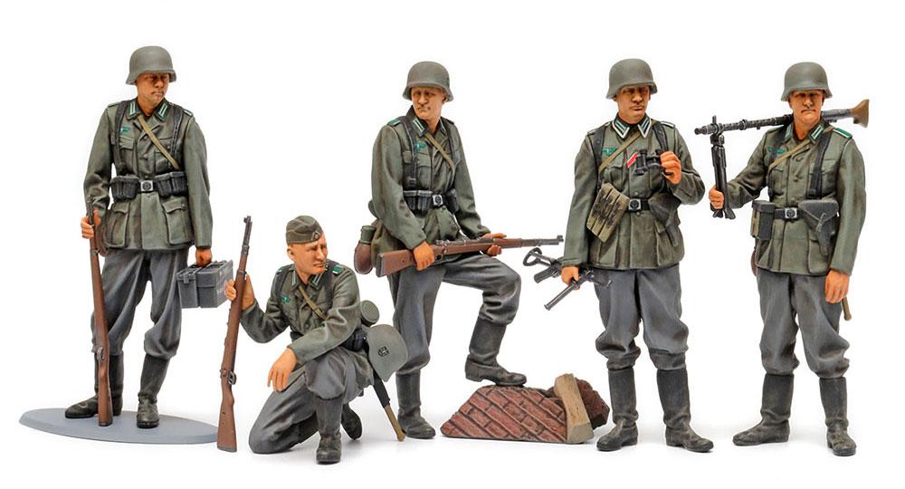 ドイツ歩兵セット (大戦中期)プラモデル(タミヤ1/35 ミリタリーミニチュアシリーズNo.371)商品画像_1