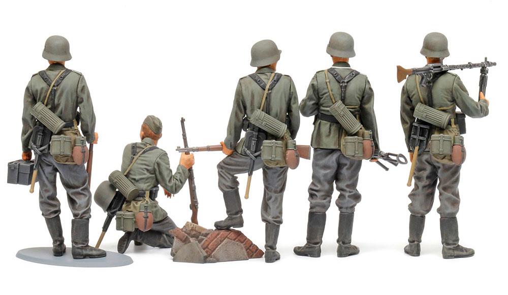 ドイツ歩兵セット (大戦中期)プラモデル(タミヤ1/35 ミリタリーミニチュアシリーズNo.371)商品画像_2